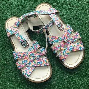 Floral saltwater sandals Sz 7 flat buckle leather